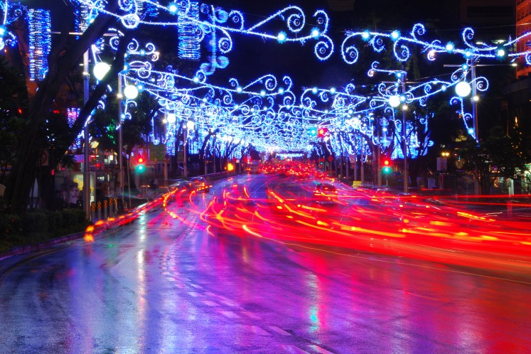 streets_in_lights_festive